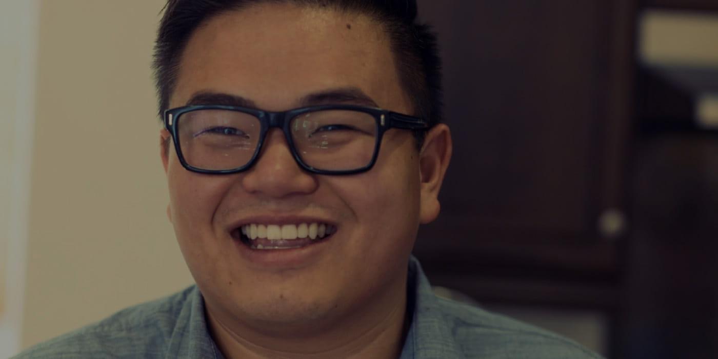 """""""Le secteur du digital n'est pas enfermé dans une boîte."""" Travailler sur des projets complexes avec ses clients est une source d'inspiration supplémentaire dans la vie de Vinncent Nguyen, chef cuisinier et consultant senior en achat média chez iProspect."""