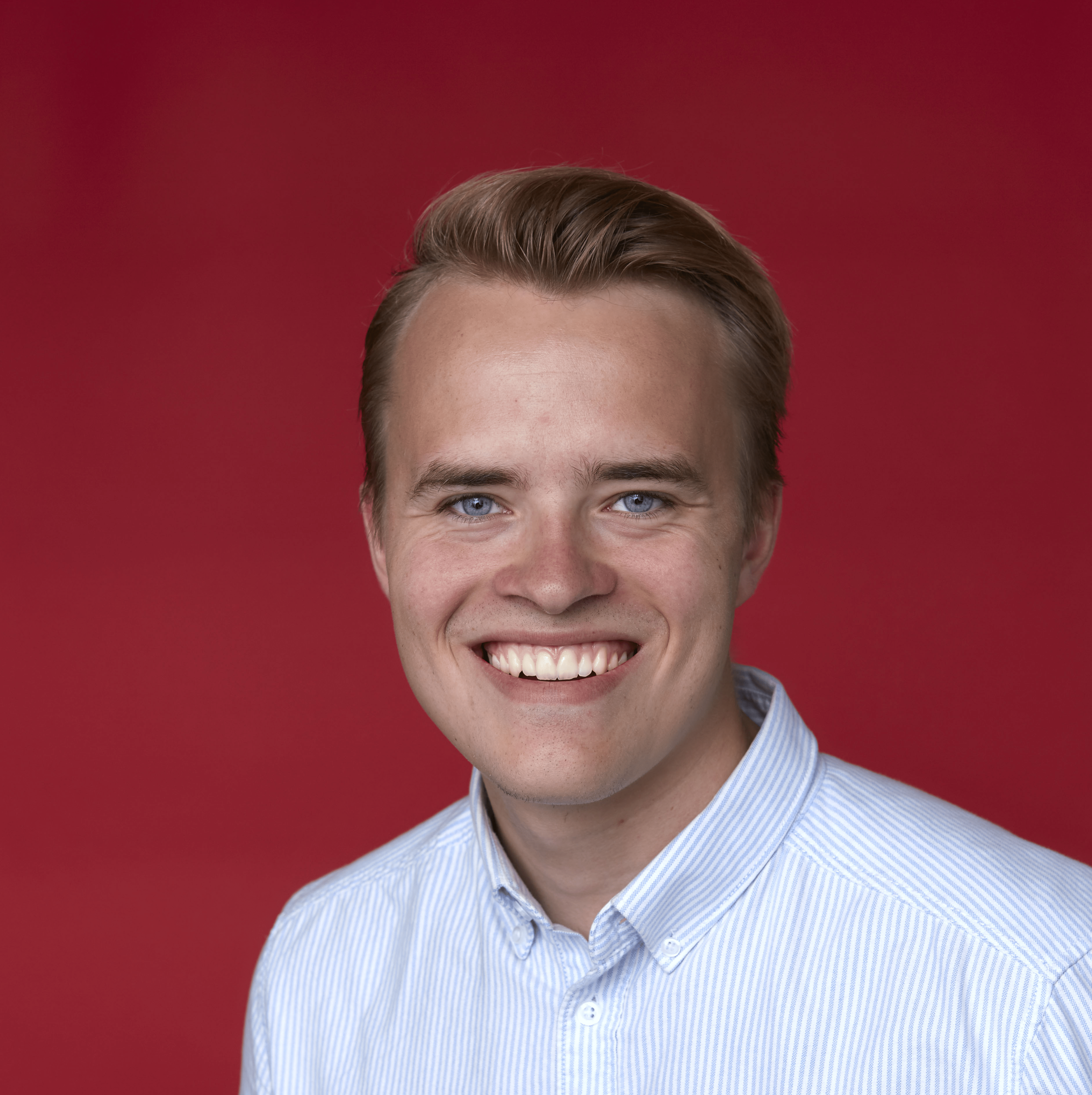 Nicolai Høg Analytics & Conversion Consultant