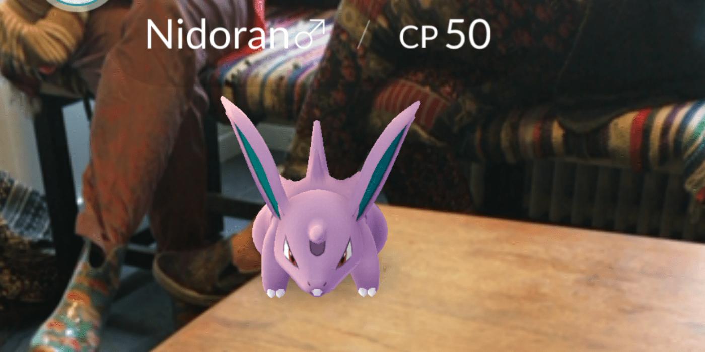 Pokemon Go -hahmo helsinkiläisessä Good Coffee -kahvilassa