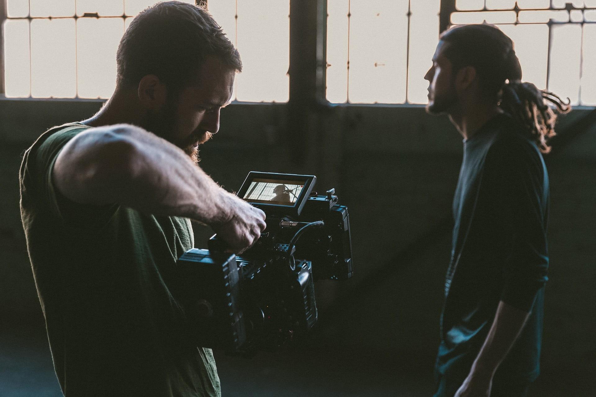 Smartlyn Video Template -työkalu mahdollistaa näyttävien Facebook- ja Instagram -videoiden ketterän tuotannon.